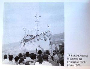 1956-profughi-in-partenza-per-Australia.JPG