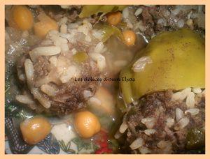 Poivrons farcis en sauce (4)