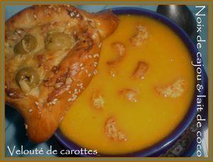 Velouté de carottes, noix de cajou et lait de coco(3)