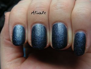 Essence Nail Effect 07 Jeans 3