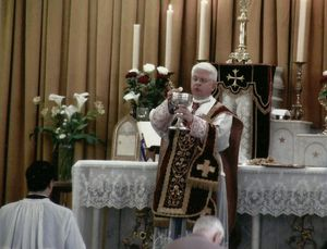 Misa de Mons. Dolan en la capilla de Rennes III