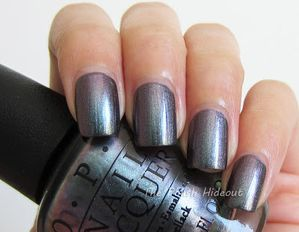 OPI-Peace---Love---OPI-Swatch1.jpg