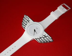 JS-wings-watch 1804