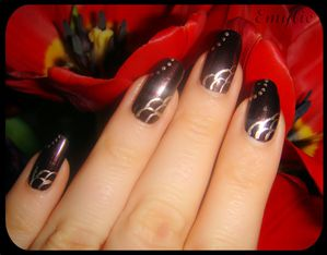 Nail art brown1