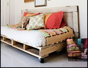 acampbell-palletbed-2.jpg