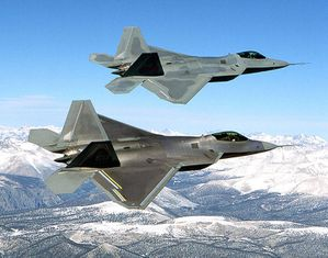Two_F-22_Raptor_in_flying.jpg