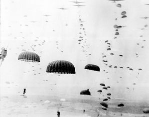 764px-Waves of paratroops land in Holland