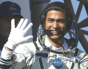malaysia-astronot1