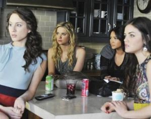 pretty-little-liars-episode-25-unmasked-380x300.jpg
