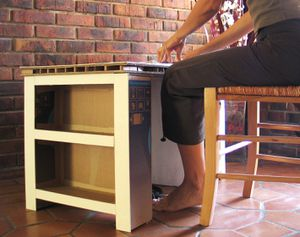 Nouveau meuble a se transforme en bureau carr ment carton for Meuble qui se transforme