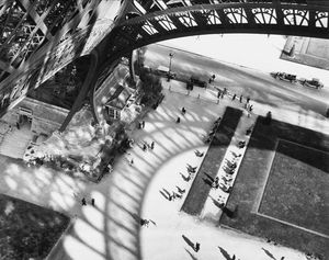 17-b2-andre-kertesz-shadows-of-the-eiffel-tower.jpg