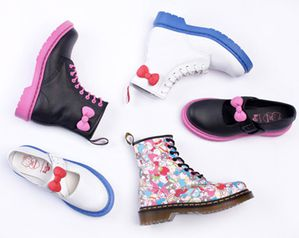 hello-kitty-dr-martens-chaussures[1]