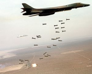 750px-B1-B_Lancer_and_cluster_bombs.jpg