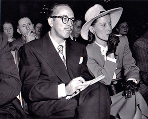 Trumbo_and_Cleo_1947_HUAC_hearings-1-.png