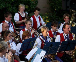 MusikvereinSerenadePfarrhof 01 Orchester 05