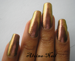 color-club---wild-and-willing5--Alvina-Nail.png
