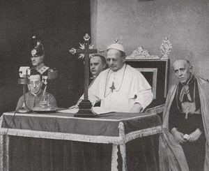734px-Papst_Pius_XI_-_Radio_Vatikan_1931JS.jpg