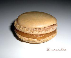 Macaron-caramel.jpg