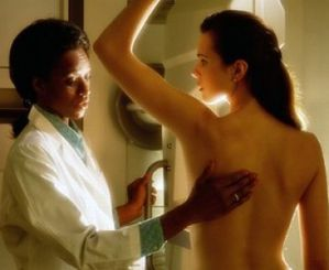 m_mammogram-with-female-doctor-and-patient-2.jpg
