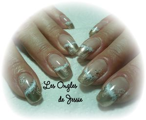 blog.french-or.nailart-fourure-blanche3.jpg
