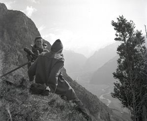 Michel Terrasse et Bernard Touillaud sur les pènes Castet