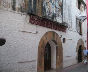 12 - Yates Bar