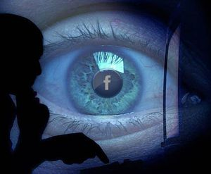facebook-espion.jpg