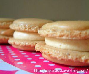 Macarons-caramel-au-beurre-sale-4.JPG