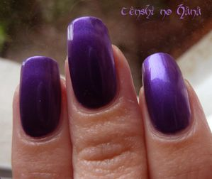 Nicole by opi Virtuous Violet 2