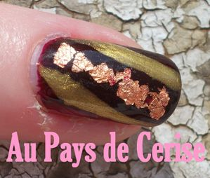 foils-nuggets-nail-art.jpg