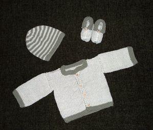 layette-bebes-en-coton-bio-galet-et-kaki