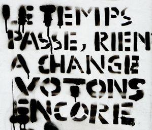 Le-temps-passe--rien-a-change-Votons-encore.jpg