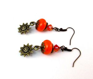 Boucles-d-oreille-orange-soleil-1.jpg