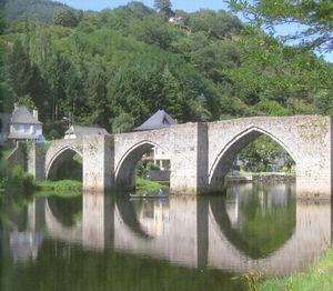 Pont-vieux---Espalion--Aveyron--XIII--XIVe0001.jpg