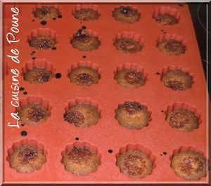 Mini-canneles-bordelais-4.JPG