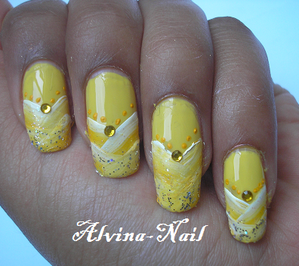 french-one-stroke-jaune2--Alvina-Nail.png