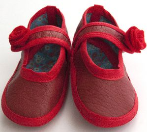 chausson-babies-rouge-5.jpg