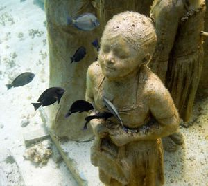 Jason_DeCaires_Taylor_scultpture.jpg