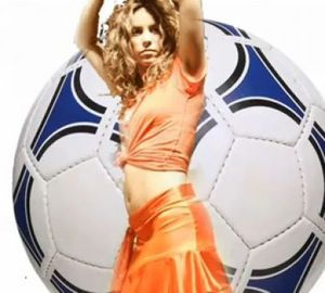 shakira-coupedumonde-foot