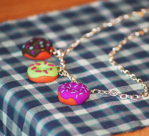 Collier Donught 04