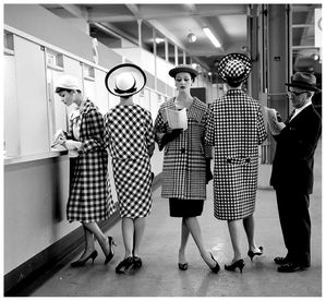 checked-fashions-at-roosevelt-raceways-pari-mutuel-window-p