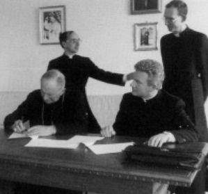 001 SignatureAccordLefebvre1988