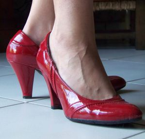 Chaussures vernis rouges
