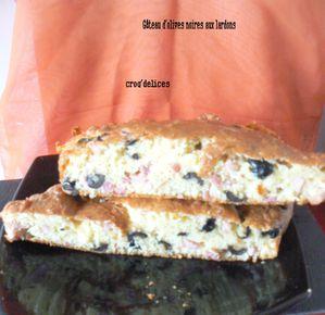 Gâteau d'olives noires aux lardons