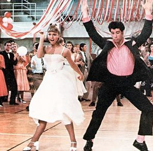 olivia-newton-john-in-grease-pictures 4