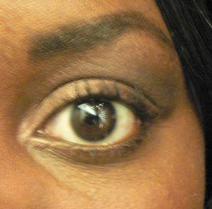 maquilllage yeux peau noire