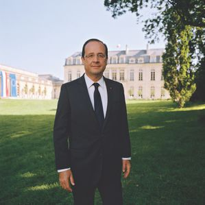 L-Elysee-presente-la-photo-officielle-de-Francois-Hollande_.jpg