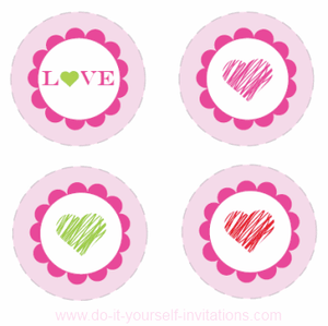 free-printable-valentines-cupcakeliner.png