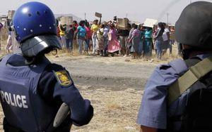 Le Parti communiste sud-africain dénonce les pratiques d'exploitation du grand groupe minier Lonmin derrière la tragédie de la mine de Marikana