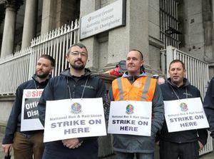 Succès de la grève de 48 h des cheminots irlandais contre la baisse de leurs salaires